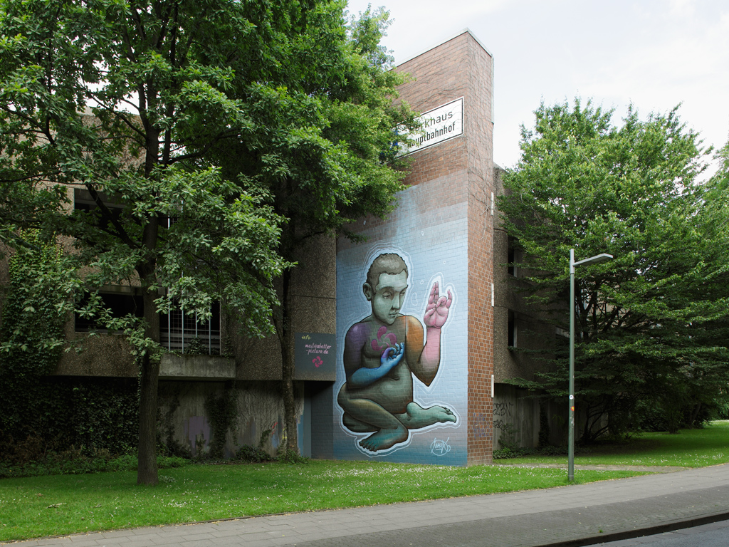 Mural by Malik Heilmann on parking lot, Bielefeld / Germany