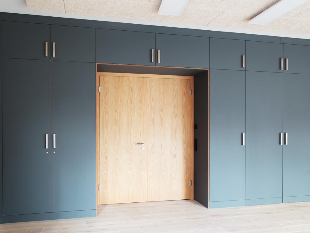 conference room, Villa Weiss Helmbrechts– Huettner Architekten