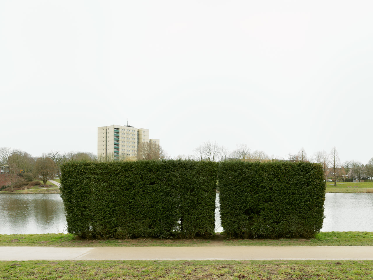 Aasee Muenster, Weniger wild als andere / Less Sauvage than Others, Rosemarie Trockel, 2007